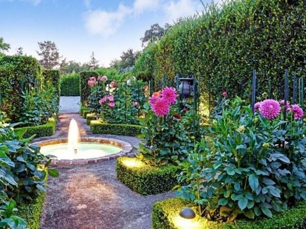 Hedge Planter